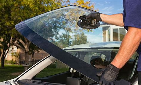Auto Windshield Glass Repair by Windshield Crack Repair Service