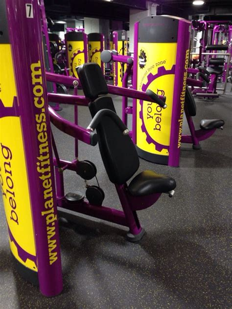 planet fitness bench press shoulder press machine yelp