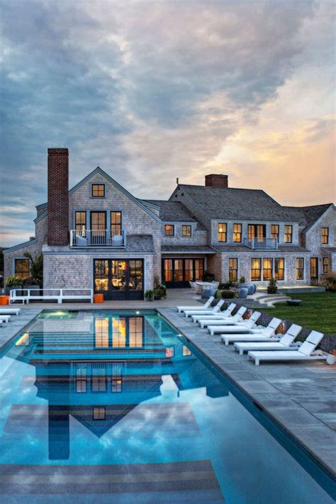 La Luxury And Tell 25 best ideas about luxury houses on mansions