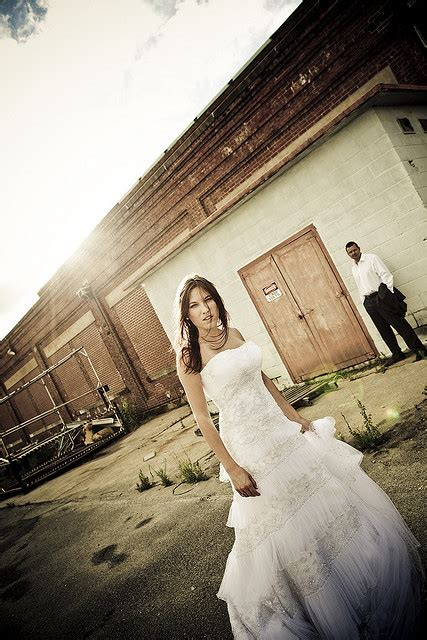 19 fun trash the dress pictures 19 fun trash the dress pictures
