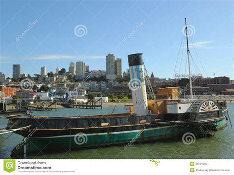 sleepboot antiquiteit de zaal van de booteppleton van de schepradsleepboot in