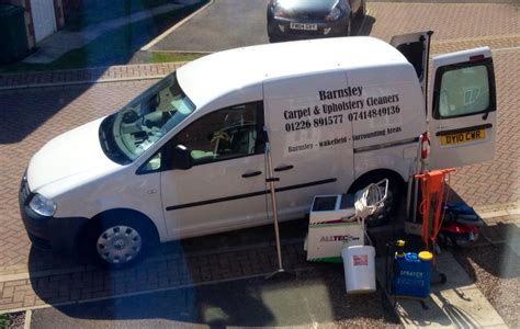 whats a good upholstery cleaner whats in my barnsley carpet cleaning van barnsley carpet