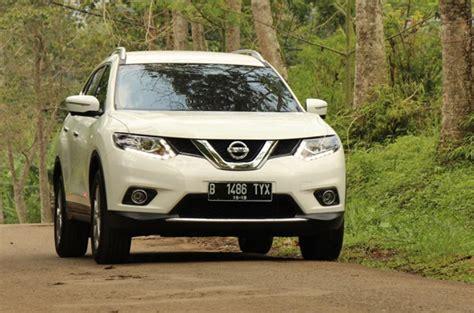 Lu Led Mobil Nissan X Trail merasakan performa all new x trail 2 0 liter mobil123
