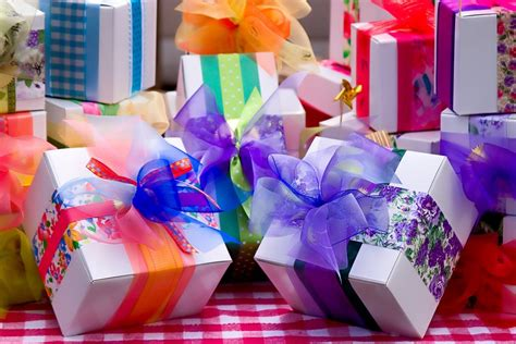 considerate 21st birthday gifts ideas for her 21st
