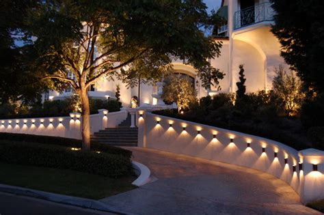 how to install outdoor lighting on house driveway lights guide outdoor lighting ideas tips