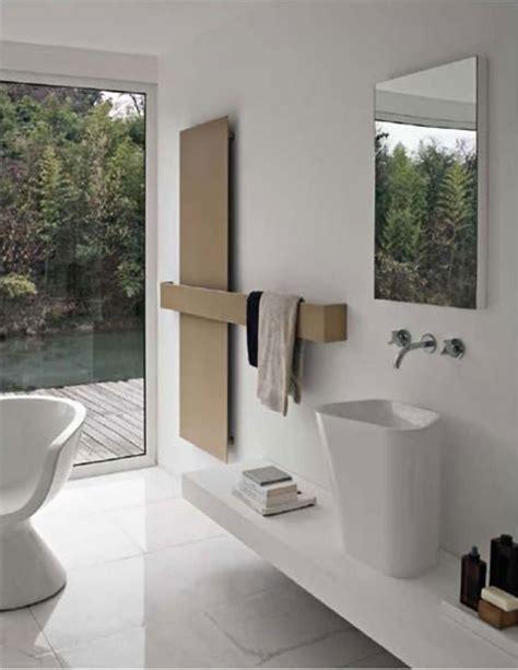 caloriferi per bagno termoarredo soggiorno radiatori per bagno ambazac for
