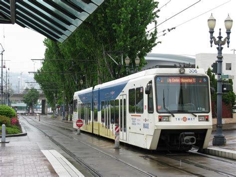 light rail gt portland max gt img 0837 jpg railroad and