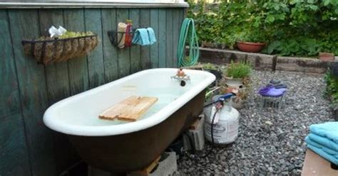 Outside Bathtubs by Outdoor Tub Clawfoot Tub Outdoor Tub