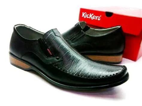 Sepatu Kerja Kickers jual sepatu kerja pesta pantofel kickers formal pria