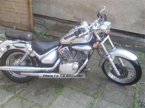2002 Suzuki Motorcycles 2002 Suzuki Intruder