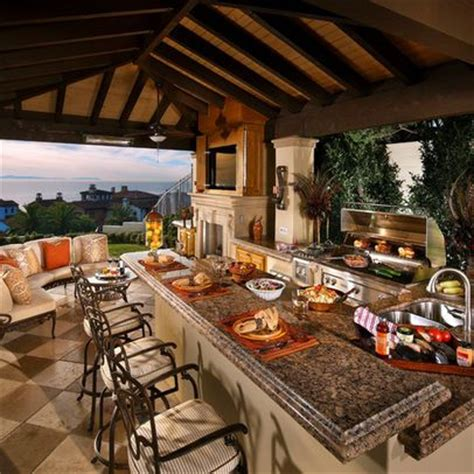 Kitchen Patio Ideas 25 Best Ideas About Outdoor Kitchen Patio On