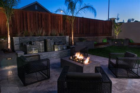 contemporary backyard cool backyard patio ideas decosee com