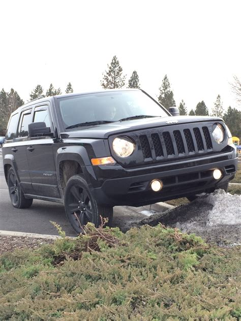 stanced jeep patriot romeo s angry riot jeep patriot forums