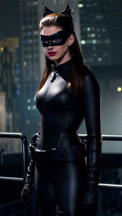 catwoman iphone wallpaper anne hathaway catwoman the iphone wallpapers