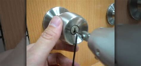 How To Open Locked Door Knob by How To A Door Lock With An Electric Gun 171 Lock