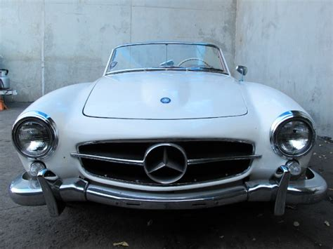 antique mercedes buying a vintage mercedes 190sl the beverly hills car club