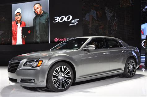 Chrysler 300s 2012 by New York 2011 Chrysler 300s To Get New Eight Speed