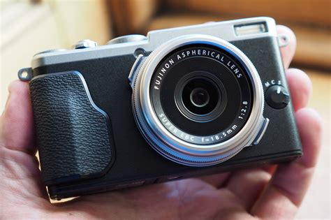 Fujifilm Launch X70 Smallest And Lightest X Series