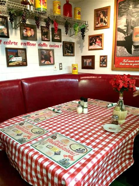 buca di beppo kitchen table reservations buca di beppo restaurant