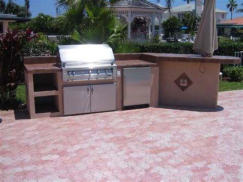 Outdoor Patio Grills by The Outdoor Built In Grills Home Ideas Collection