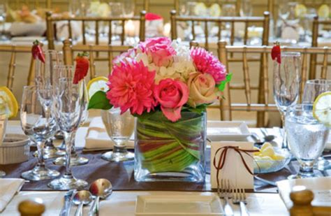 ideas for centerpieces at wedding reception tables yellow