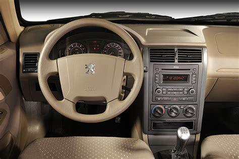 peugeot pars 2017 ikco pars peugeot 405 interior the automobilist