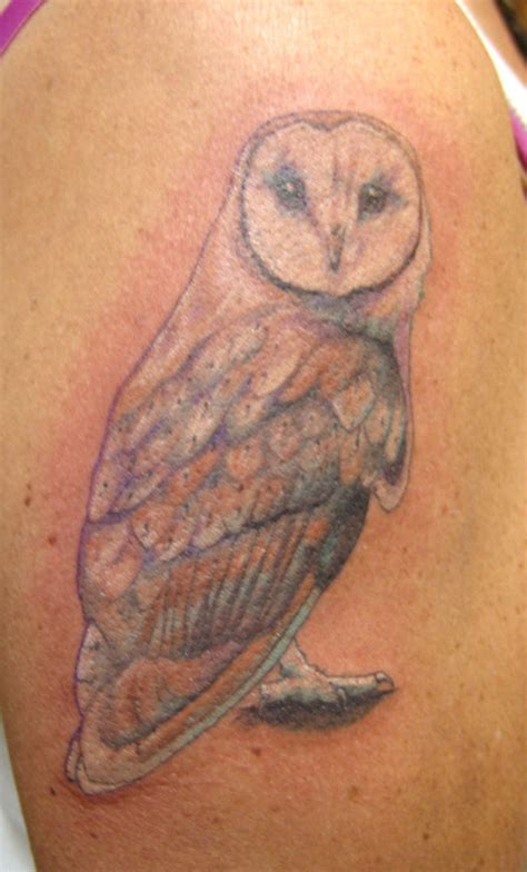 owl shoulder tattoo barn owl designs