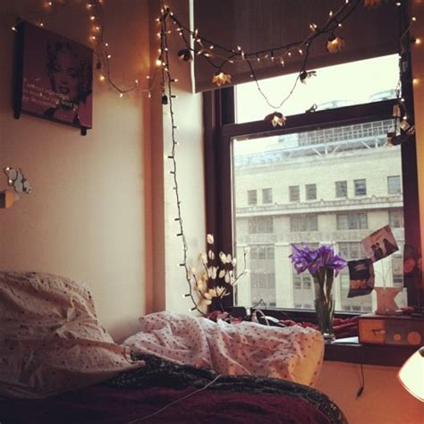 26 Colorful Cute Dorm Room Ideas Creativefan Pretty Lights Bedroom
