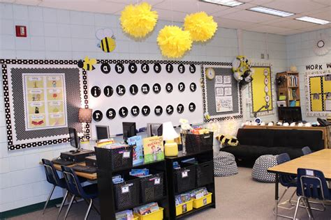 classroom layout ideas for second grade check out miss nelson s second grade classroom tour the