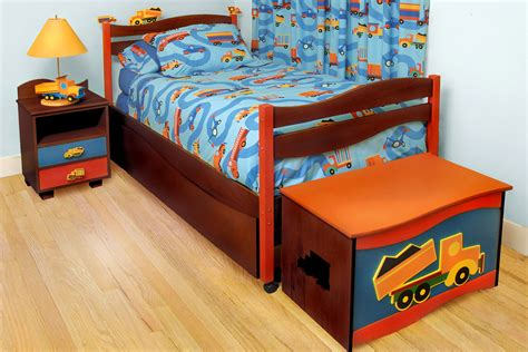 boys platform bed boys like trucks platform bed chocolate rm39 btd