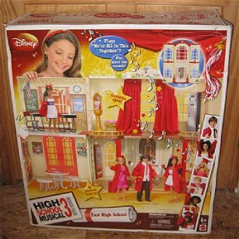 high school musical doll house disney high school musical 3 doll house 6 dolls w box troy gabriella sharpay ebay
