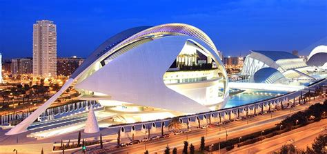 the grandeur of valencia s opera house overture - Entradas Opera Valencia
