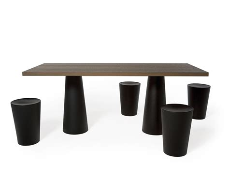 container oval 260 dining tables from moooi architonic