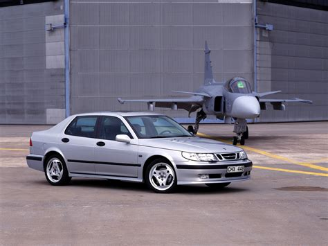 how can i learn about cars 1997 saab 9000 lane departure warning saab 9 5 specs 1997 1998 1999 2000 2001 autoevolution