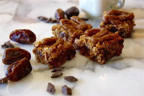 oatmeal bars with chocolate topping banana oatmeal chocolate chunk bars with date caramel topping good thyme kitchen