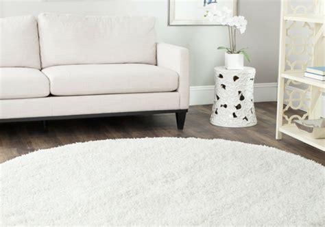 runder teppich wohnzimmer 30 runde teppiche und beispiele wie den zimmer look