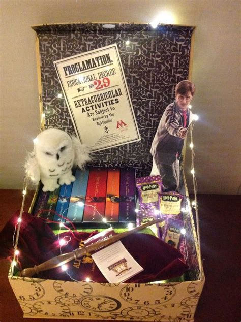 how to make the perfect fandom gift basket the fangirl