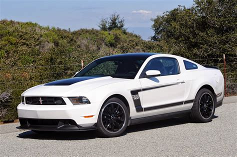white mustang 302 diecast hobbist 2012 ford mustang 302