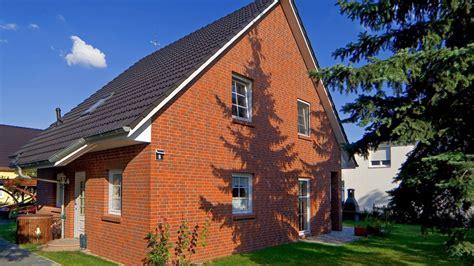 Haus 7 Wismar by Gro 223 Z 252 Giger Dielenbereich Und Au 223 Enfassade Als