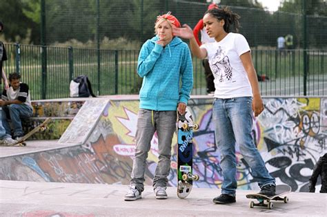 how to your to ride a skateboard how to skateboard beginner s guide to skateboa