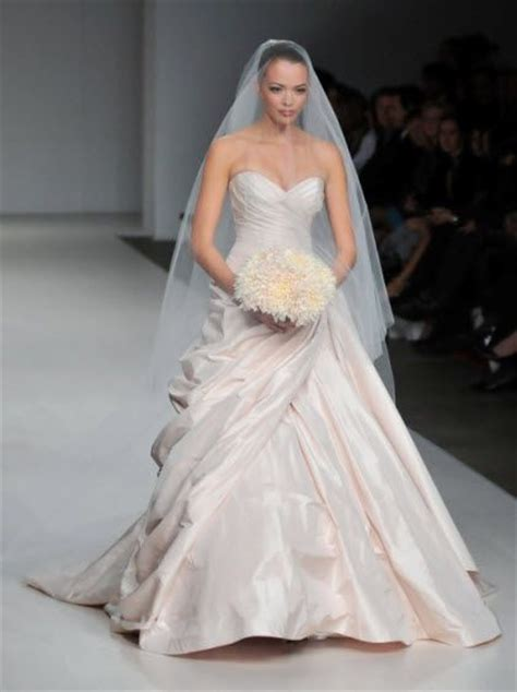 Reese Witherspoon Wedding Gown by Reese Witherspoon Blushing In Light Pink Wedding