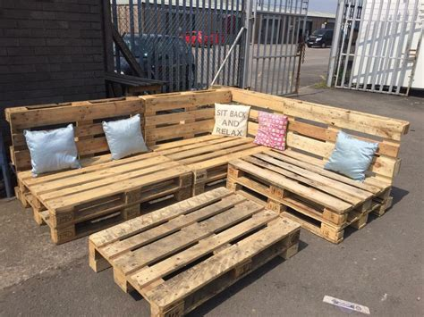 L Shaped Pallet by Pallet L Shaped Garden Seating In Newport Gumtree