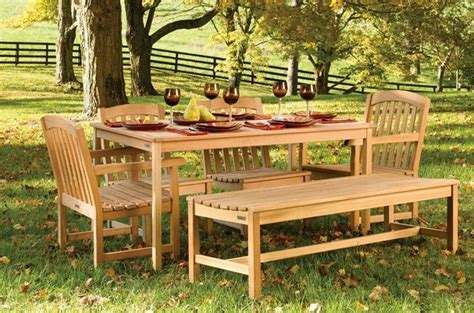 mobili da giardino in teak tavoli giardino teak tavoli per giardino