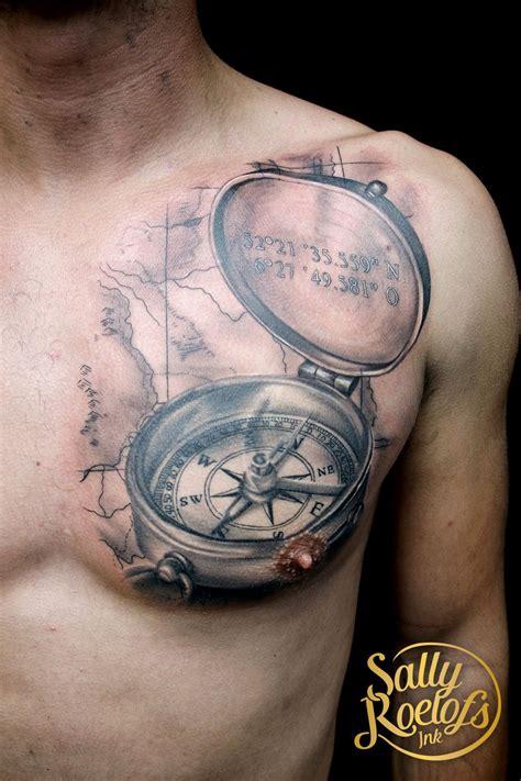 compass tattoo kosten realistic compass map chest tattoo tattoos pinterest