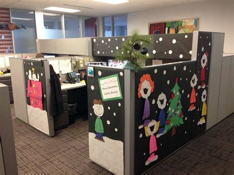 Decorate Desk At Work by Best Cubicle Decorating Ideas Decor