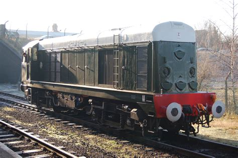 Shed Style House d8098 great central railway the uk s only main line