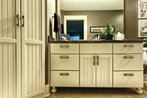 the look bun for kitchen cabinets quality