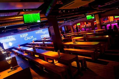 top shooters bar best sports bars in manchester manchester evening news