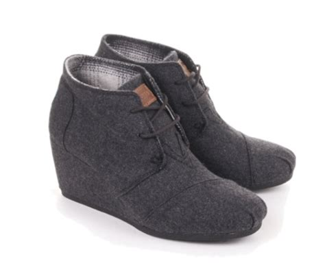 toms wedges comfortable toms wedge booties grey or burgundy so comfortable