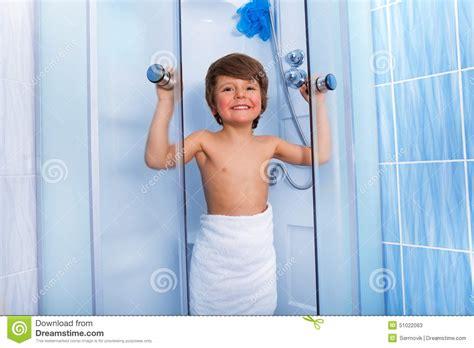 boy in shower images usseek